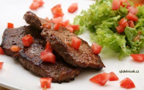 Zhubněte pomocí Atkinsonovy diety. Jak by mohl vypadat váš jídelníček? Atkinsova dieta má tři fáze a ze začátku se nejí vůbec sacharidy, které se následně postupně přidávají.