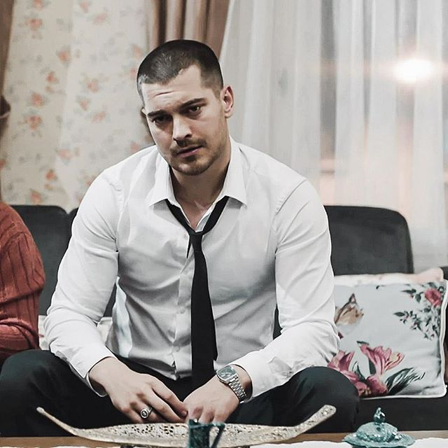 #içerde Episode 7 Trailer 1 will release tonight at 23:34 #cagatayulusoy ❤️
