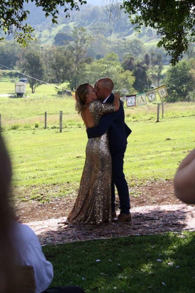 Kissing the Bride!!!