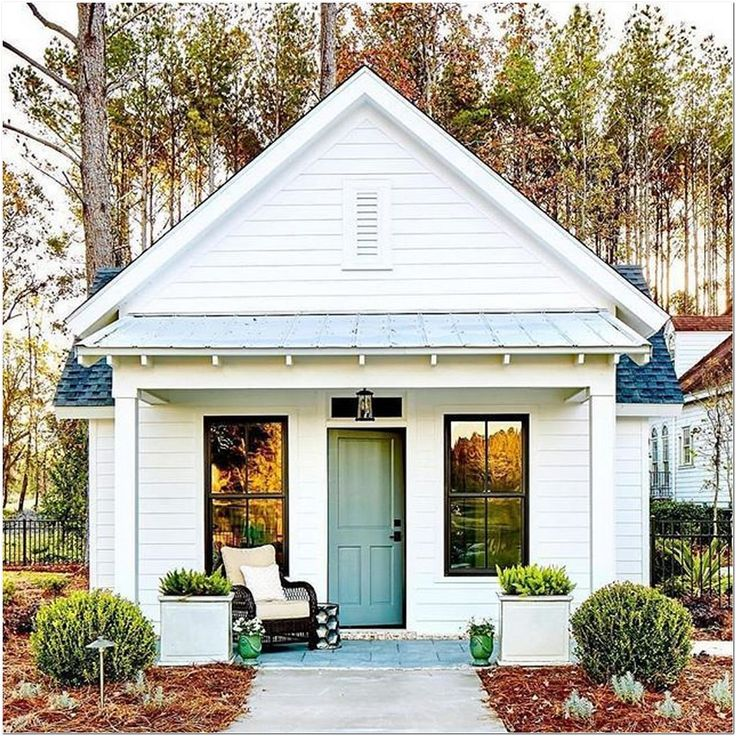 80 6 Tips For Living In A 660 Square Foot Cottage In 2020