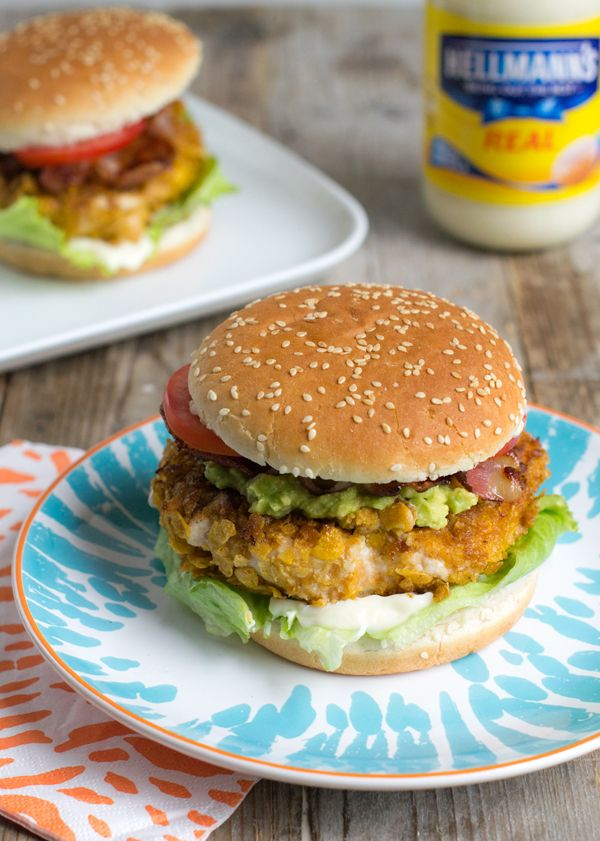 Dé ultieme kipburger: Brenda's Chicken Burrito Burger!  Via BrendaKookt.nl