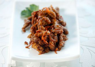 Szechuan Hot-Fried Crispy Shredded Beef with Carrots