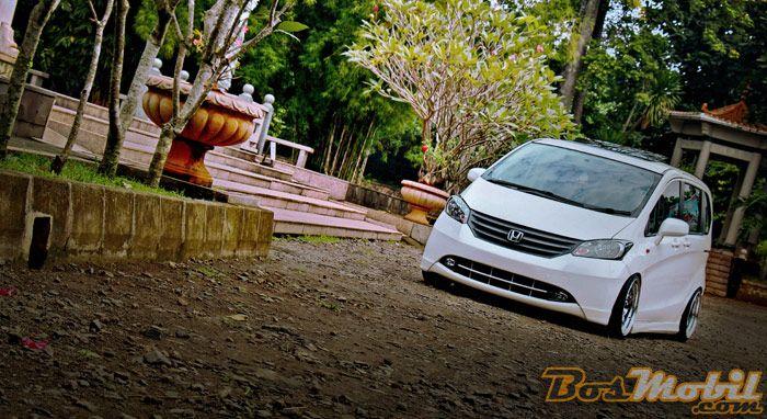 Modif Honda Freed : Mobil Keluarga, Cita Rasa Anak Muda #info #MobilModifikasi #BosMobil