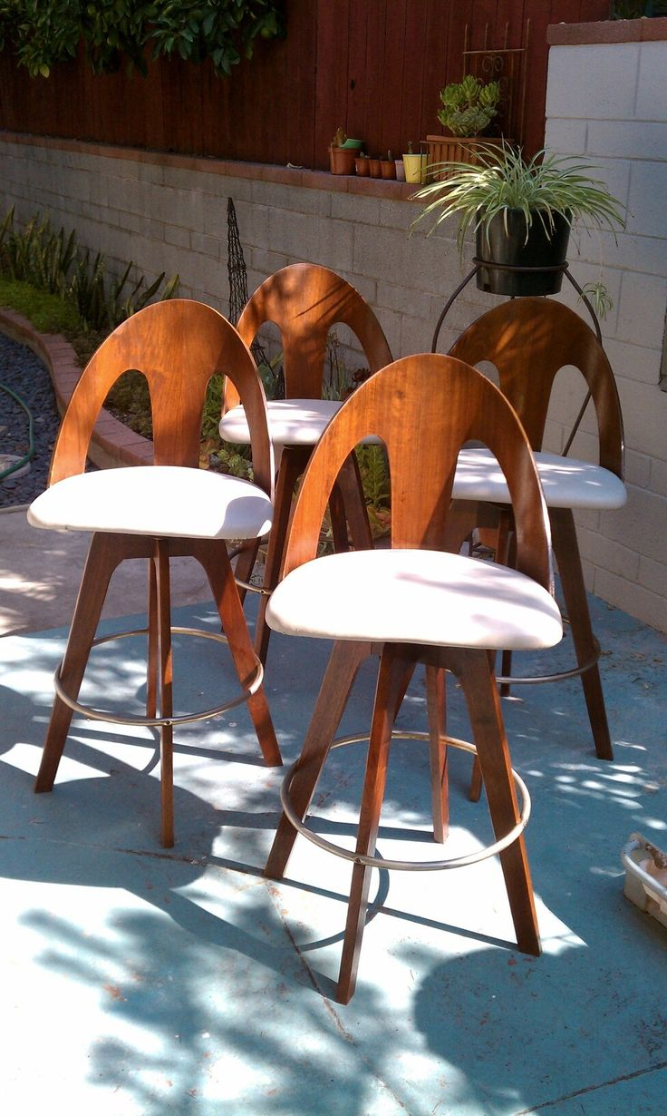 Ana white build a vintage bar stool free and easy diy project via - B5dc99e05b64ee2fa1ec6a0259b8d4bb Jpg 976 1 632 Pixels Wooden Bar Stoolsleather