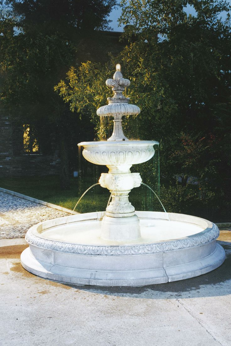 30 best fountains images on pinterest garden fountains for Garden fountains phoenix