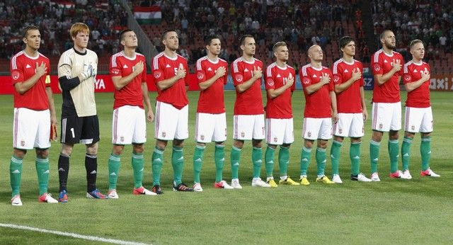 """Már csak 2 mérkőzés van hátra a 2014-es brazil labdarúgó világbajnokság európai selejtezőjéből a magyar labdarúgó válogatott számára. Gyakorlatilag a saját kezében van a sorsa a válogatottnak, """"csak"""" le kell győzni Hollandiát Amszterdamban és Andorrát Budapesten. Tegyük hozzá azért, hogy ilyen is ritkán fordul elő, 2 meccsel a vége előtt a saját kezünkben a sorsunk. […]"""