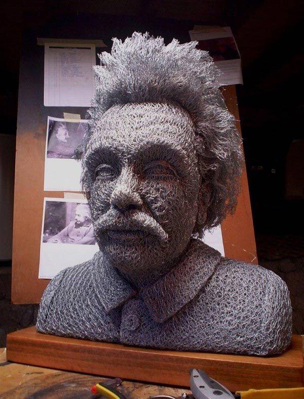Chicken Wire Sculptures by Ivan Lovatt - Awesome Artist!!!