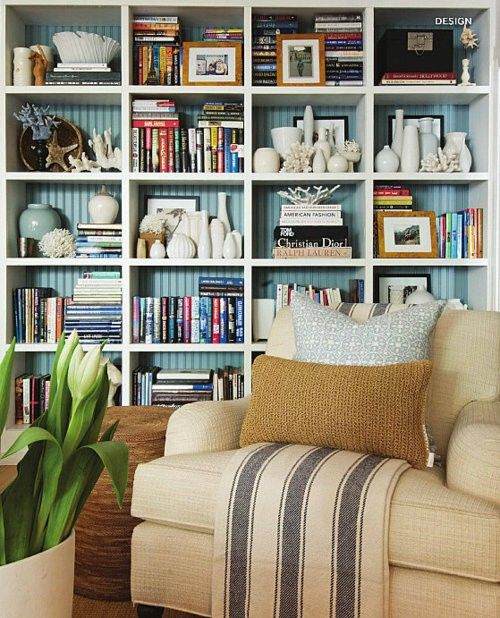 well styled bookcase: Decor, Ideas, Bookshelves, Bookcases Style, Beads Boards, Bookcas Style, Living Room, Book Shelves, Bookshelf Style