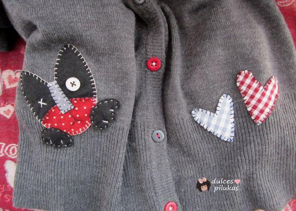 A la mayoría de mi ropa suelo añadirle algún detalle,  personalizarla un poco con algo de mi cosecha.  Esta chaqueta  pedía un cambio a gr...