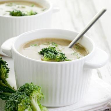 Τυρένια σούπα με μπρόκολο