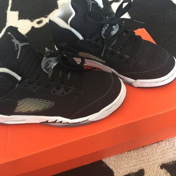 Jordan Oreos Worn few times in good condition comes with box Jordan Shoes