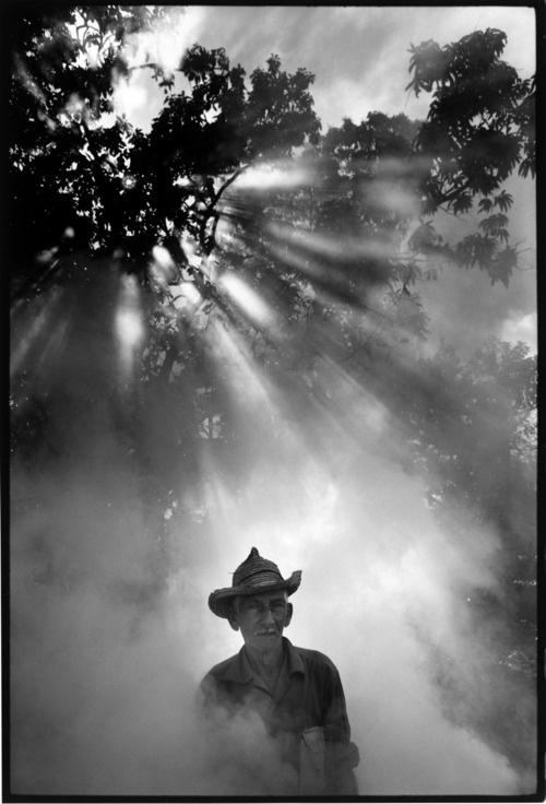 Tobacco farmer Trinidad de Cuba 1973 by Keith Cardwell