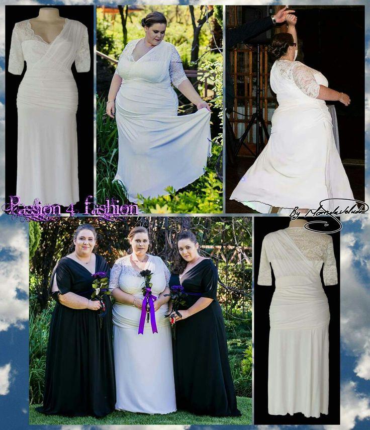 Ivory ruched wedding dress with a lace bodice, shoulder ruched finish with 3/4 sleeve. #mariselaveludo #fashion #weddingdress #bride #ivorywhitedress#lacedetaileddress #wedding