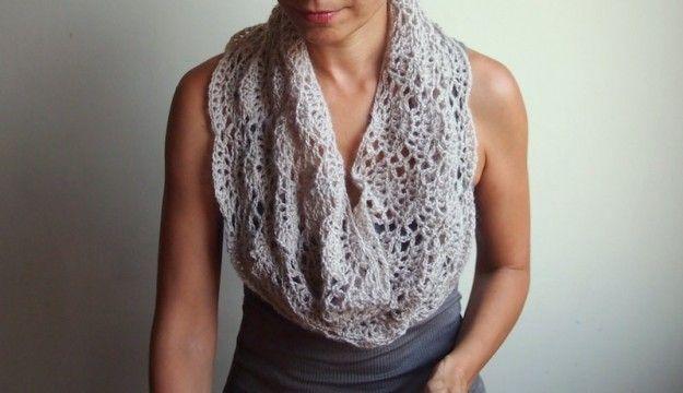 Lavori a maglia: sciarpa fai da te - Sciarpa crochet beige