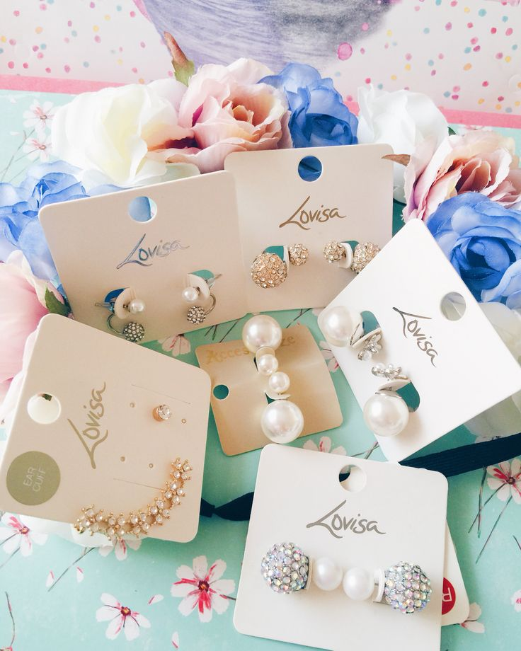 Earrings and a flowercrown! From Lovisa and Accessorize!