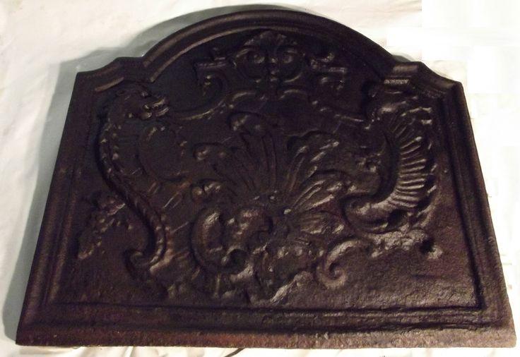 plaque cheminée décor dragons gargouilles aigle? ancien