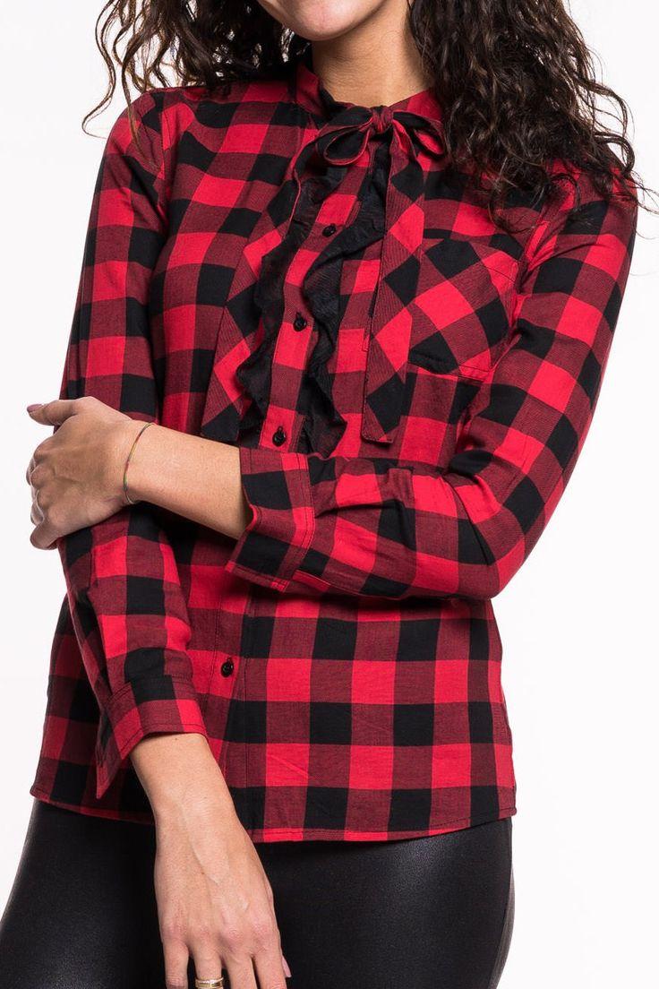 Bunlar Blusevon Kocca   langärmlige, karierte Bluse   Einschubtasche auf der Vorderseite   die Bluse kann im Bereich des Dekolleté zugeschnürt werden  Material: 100% Baumwolle