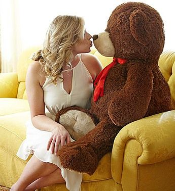 What to get a girl your dating for valentines day