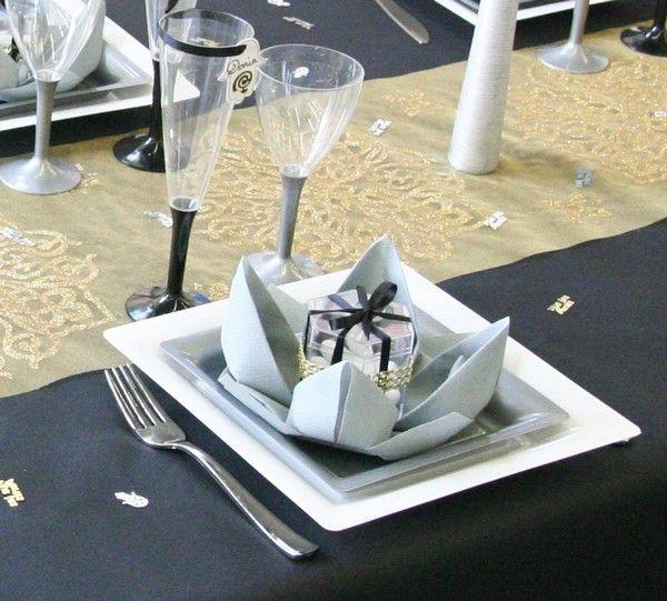 17 meilleures id es propos de pliage serviette lotus sur for Objet deco a poser sur une table