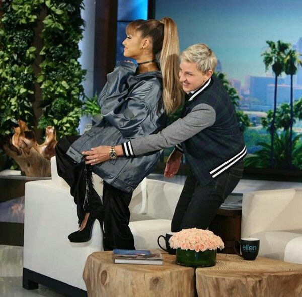 @arianagrande63 ariana grande on the ellen show ♡