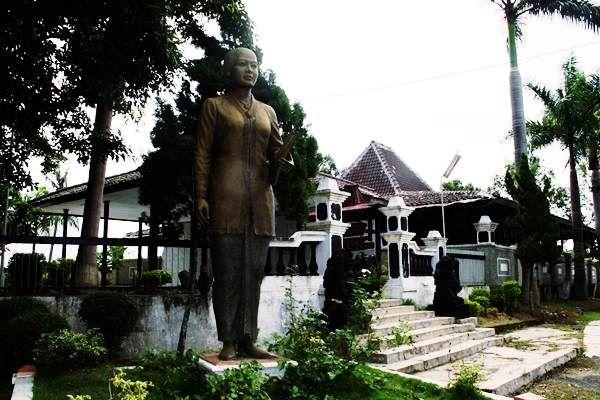 Makam RA Kartini