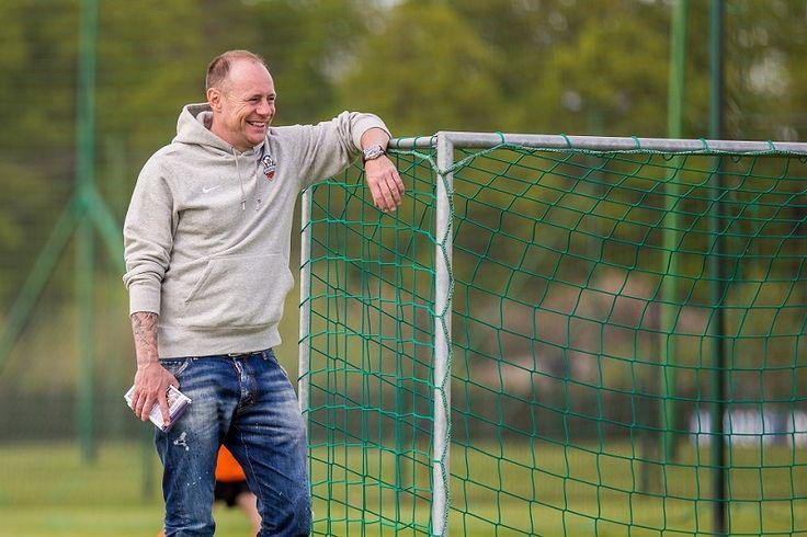 """""""Czuję się sportowcem spełnionym"""" – wywiad z Piotrem Reissem #wywiad #piłkanożna #100club"""