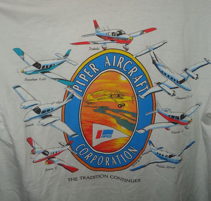 Vintage - Piper Aircraft Corporation - The Tradition Continues - T-Shirt - M