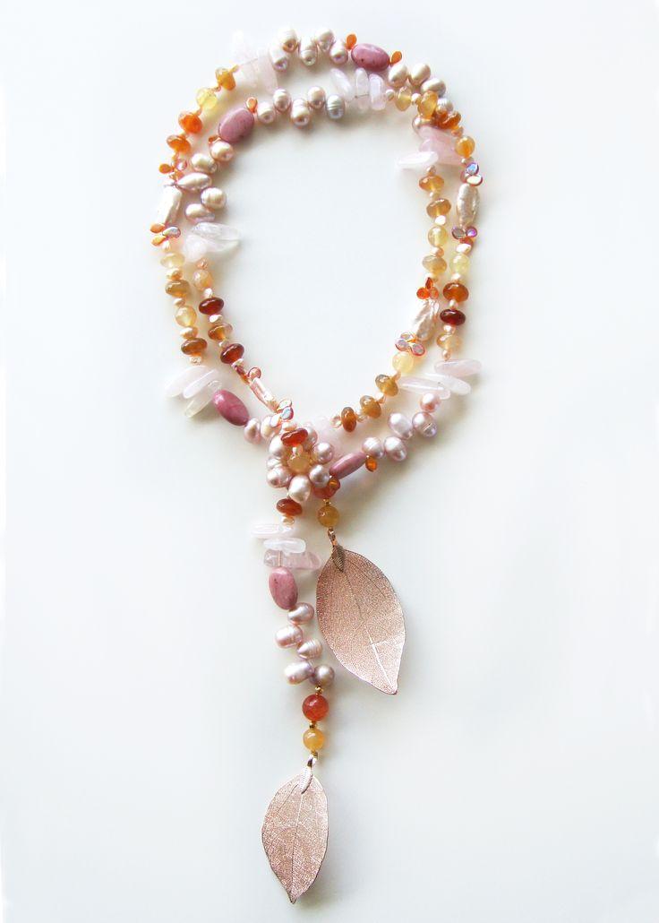 DivinoDon Necklace made of agate, rose quartz, rhodonite and pearl. Find more at www.divinodon.com