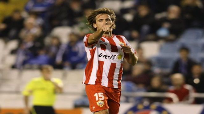 It's not all bad news for Brisbane Roar fans, despite a passion-filled fans' forum last night. The club has also announced the signing of 34yo attacking midfielder Miguel Angel Garcia Perez-Roldan – thankfully known as 'Corona' from Almeria in the Spanish Segunda Division. 01.10.15