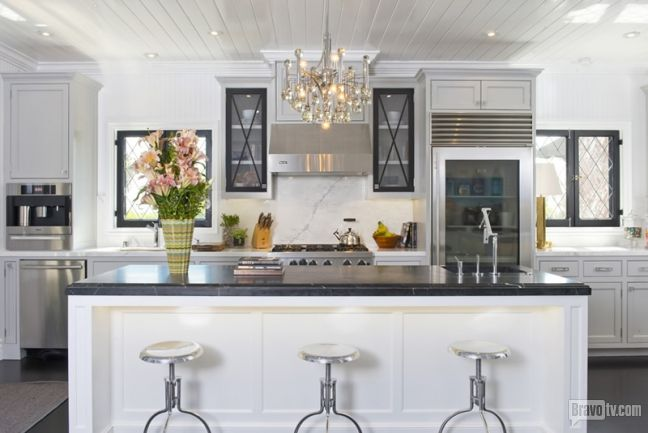 A chandelier in the kitchen? Nothing's too grand for our Bravoleb Jeff Lewis. See more shots of his Gramercy home!