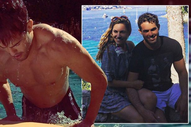 Kelly Brook proves she's the luckiest woman alive with video of wet and nearly ... Kelly Brook Photos  #KellyBrookPhotos