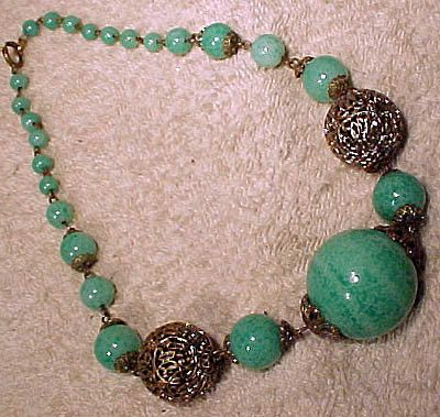 Art Deco Green PEKING GLASS Silver Plated Filigree NECKLACE