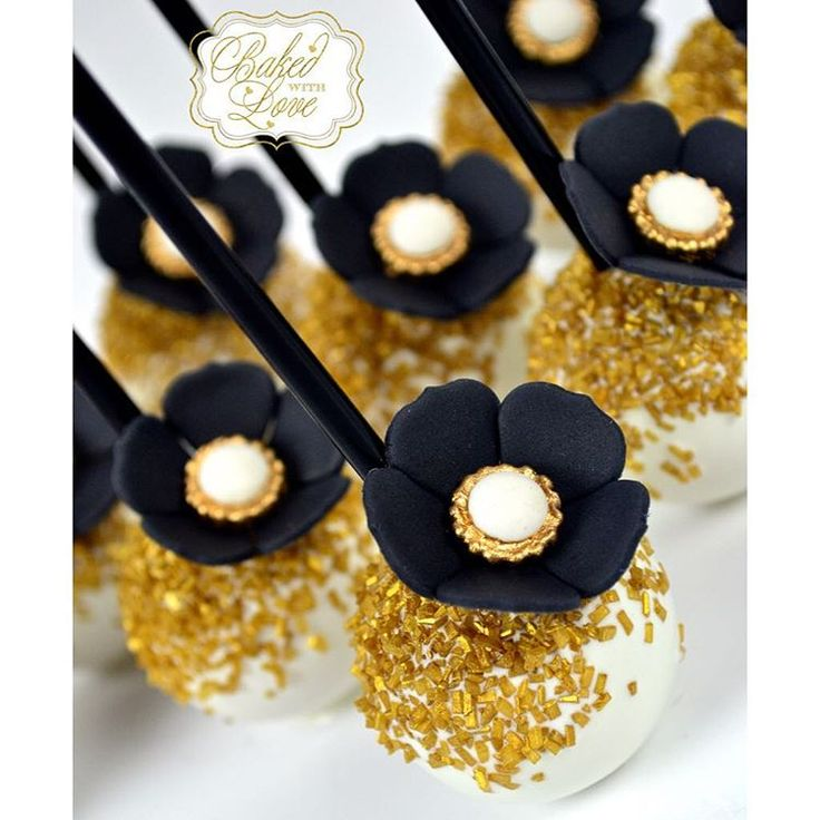 Great Gatsby Cake Pops