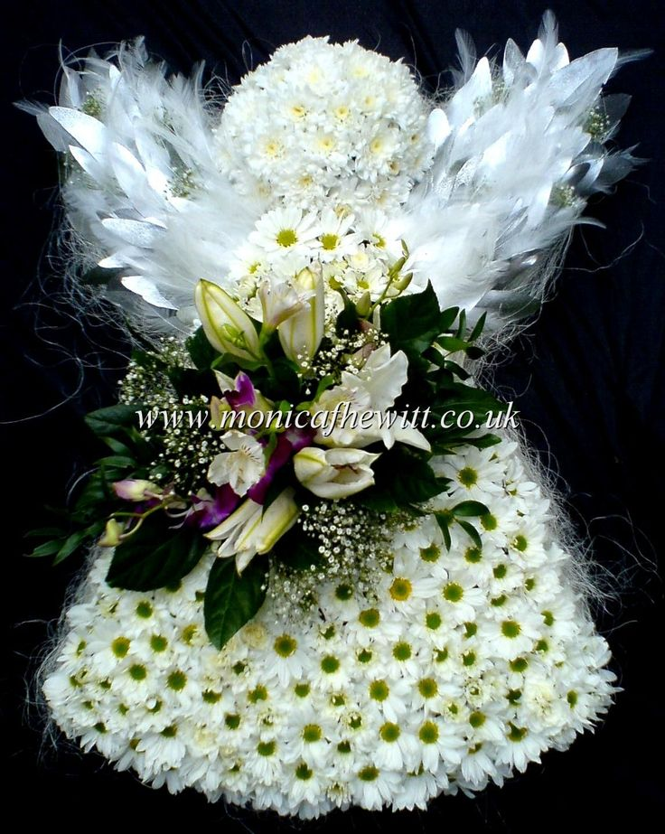 Angel Funeral Flowers. Heritage Funeral Homes, Crematory and Memorial Parks, Arizona #funeralflowers #funeral #flowers