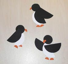 Simple penguins to make with paper