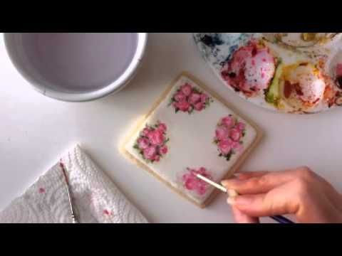 How to paint roses on a cookie.