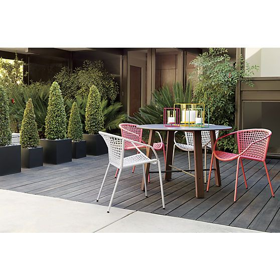 Sophia Hot Pink Dining Chair Cb2 Outdoor Deck Amp Patio