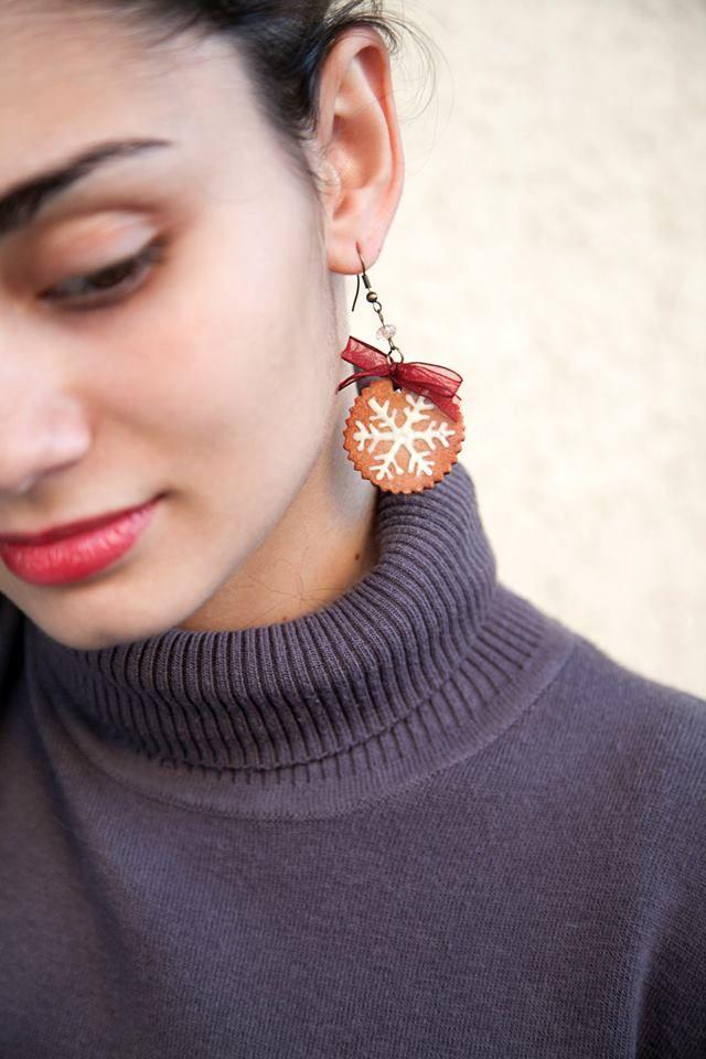 Ilianne | Jewelry Made of Love - Snowflake Cookie Earrings