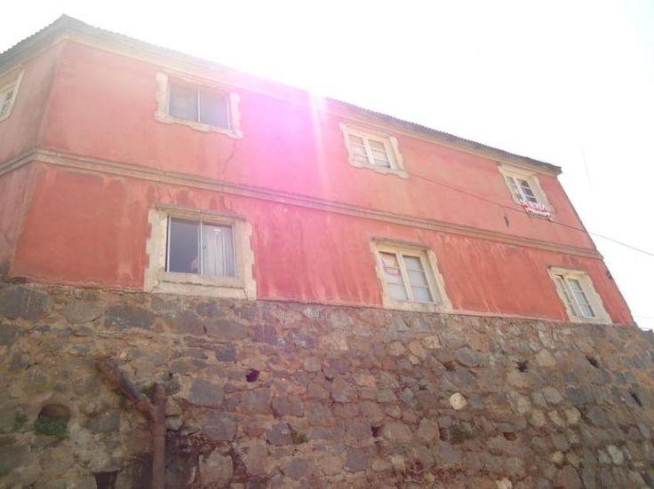 Fotos de (cod Y) Terreno de 350 mts2 con casas en Valparaíso $31.900.000