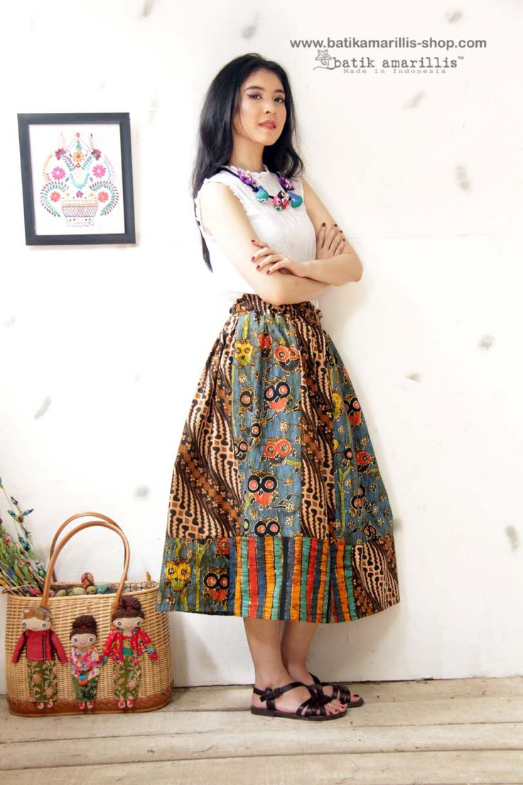 Batik Amarillis's Rainbow crackers skirt no 2 ,it's such a lovely patchwork skirt which is a cocktail of batik Indonesia, which is beautifully blended.