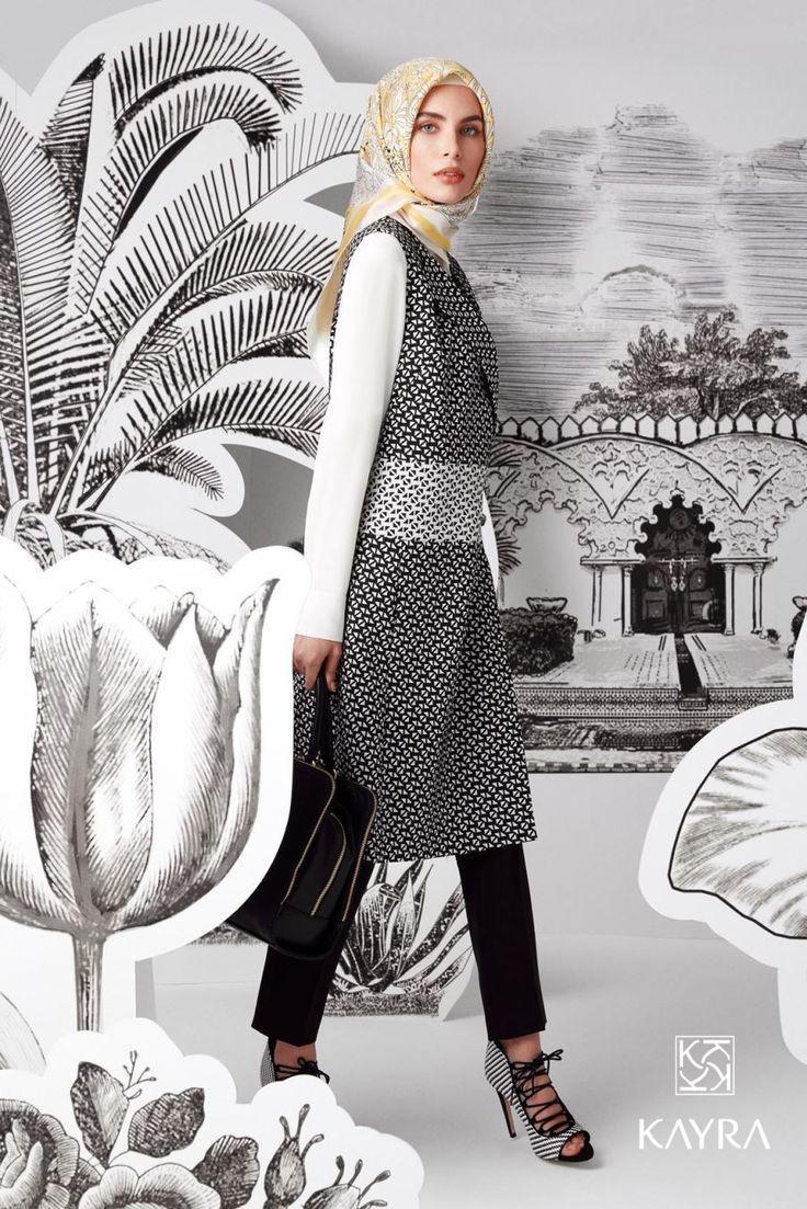 Hafif kıyafetler ile şıklık lüksü. 3 parça takımın en güzel yanı, diğer zamanlarda takımı parçalayarak kullanabilmek.  http://smarturl.it/b5-16012 **An elegant 3-piece-suit gives you 4 options for wearing it: the pants seperately, the tunic or the jacket seperately and the suit together!