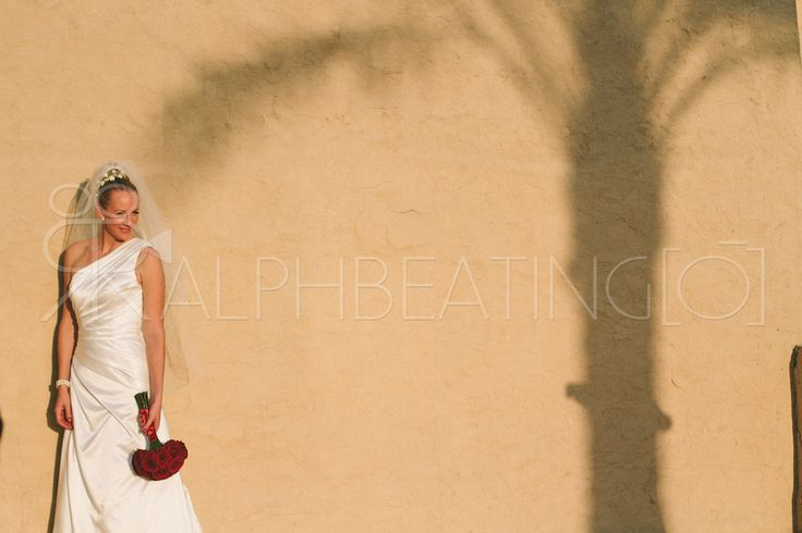 Western Bride, Wedding Photograpy - Dubai, Abu Dhabi, Qasr Al Sarab Desert Resort #dubaibride #dubaiweddings #dubaiweddingphotography #dubaiweddingphotographer