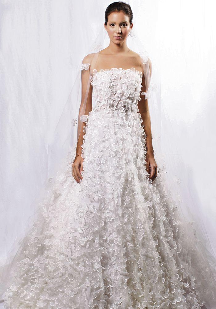 Para una novia romántica, sofisticada y amante de lo tradicional fue creado este…