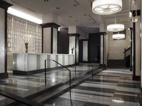 The Silversmith Hotel - Situé dans le centre du Loop, à proximité du théâtre de Chicago et du quartier financier, le Silversmith Hotel bénéficie d'un accès facile aux restaurants et boutiques et aux principaux sites d'intérêt de la ville. Adresse The Silversmith Hotel: 10 South Wabash Avenue IL 60603 Chicago (Illinois)