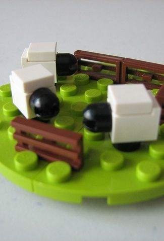 A working 3D Settlers of Catan set 24 Unexpectedly Awesome Lego Creations
