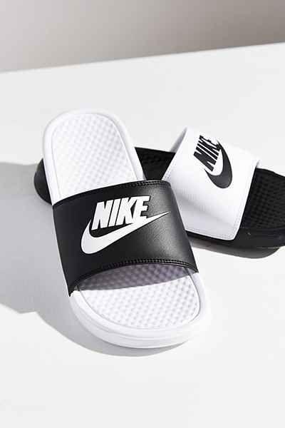 Nike Benassi JDI Mismatch Slide | vegan shoes | vegan sandals
