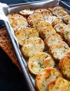 Candy's: Citromos-fokhagymás krumplikarikák Köret