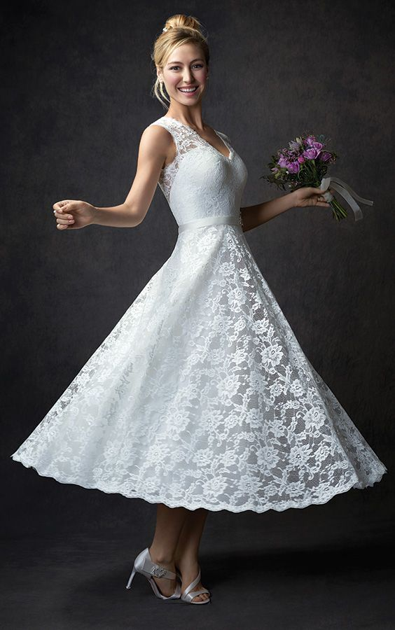 64 best Dresses and colours images on Pinterest | Wedding frocks ...