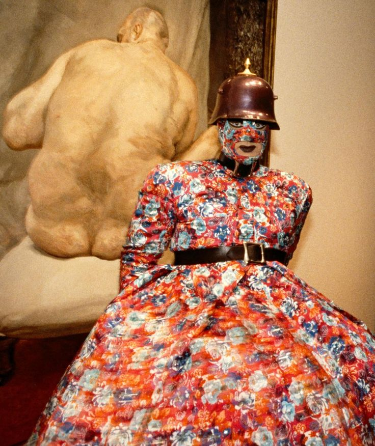 fig. 1 Leigh Bowery (designer) born Australia 1961, worked in Great Britain 1981–94, died Great Britain 1994 The Metropolitan c.1988 (detail) cotton, rayon, plastic, metal, paint National Gallery of Victoria Purchased, 1999 (1999.280.a-j) Bowery at the opening of the Lucian Freud exhibition, Metropolitan Museum of Art, New York, 1993 © Photograph: Don Pollard