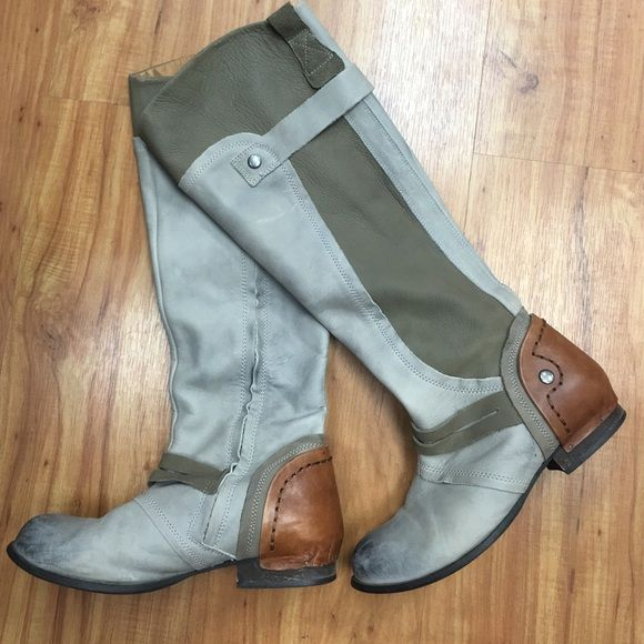 Kelsi dagger boots Adorable Kelsi dagger boots! They are made to look distressed! Kelsi Dagger Shoes